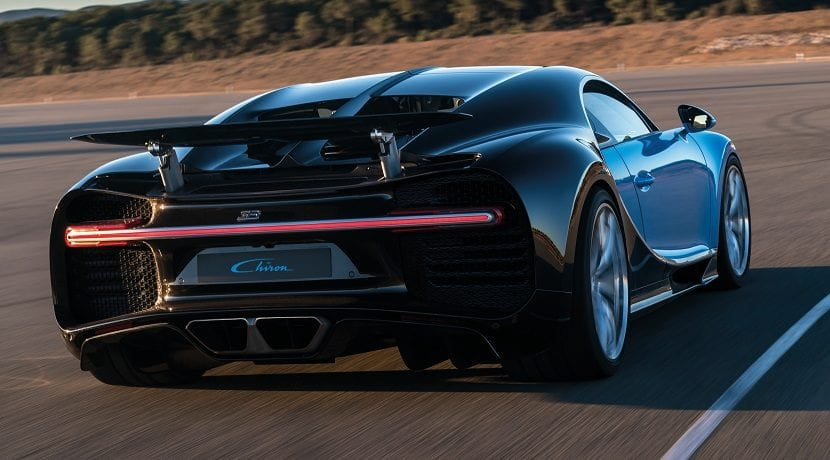 Consumo del Chiron publicado por Bugatti