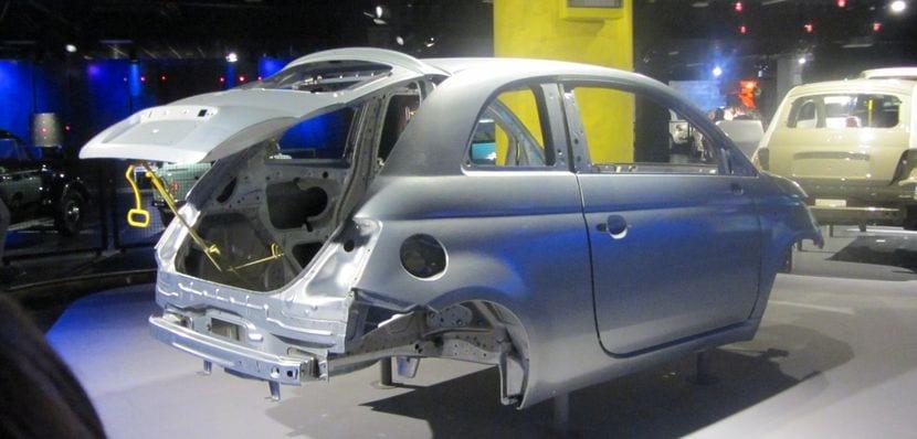 El chasis del Fiat 500 comparte plataforma con el chasis del Fiat Panda