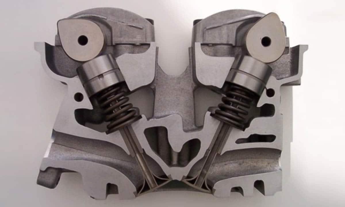 Motor DOHC