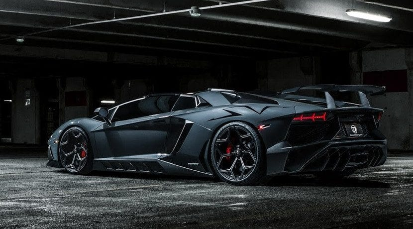 Trasera del Lamborghini Aventador SV Torado de Novitec