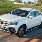 Frontal de la Pick-up de Mercedes en blanco (Clase X)