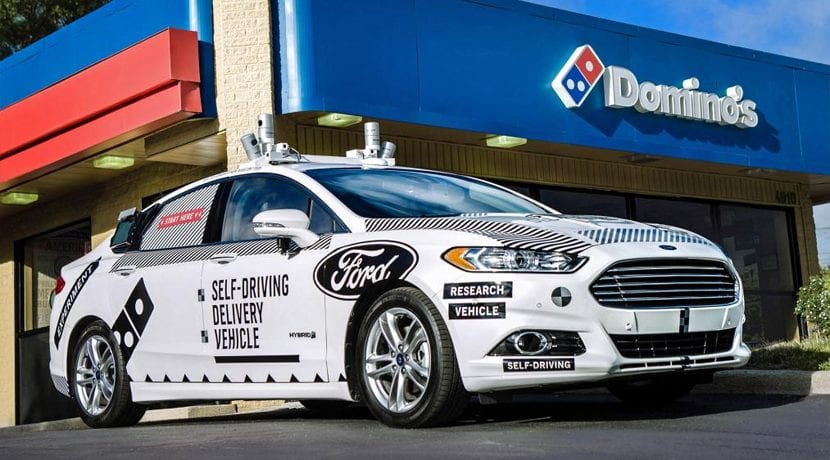 Ford Mondeo Hybrid Dominos Pizza