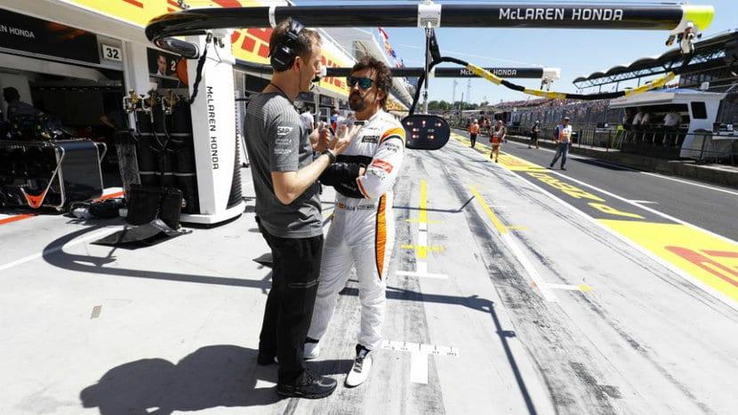Fernando en el paddock