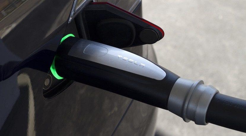 Toma de carga del Cargador para casa Tesla