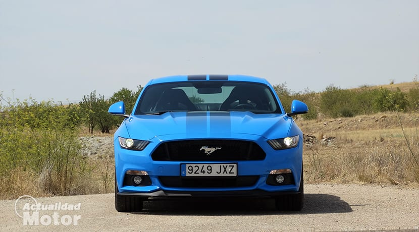 Ford Mustang GT Fastback manual, V8 5.0 de 421 CV