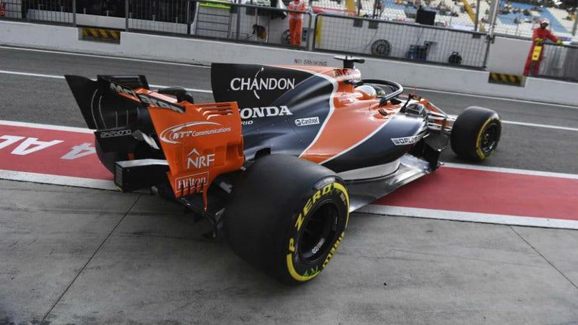 Alonso con el Halo en el GP de Italia 2017