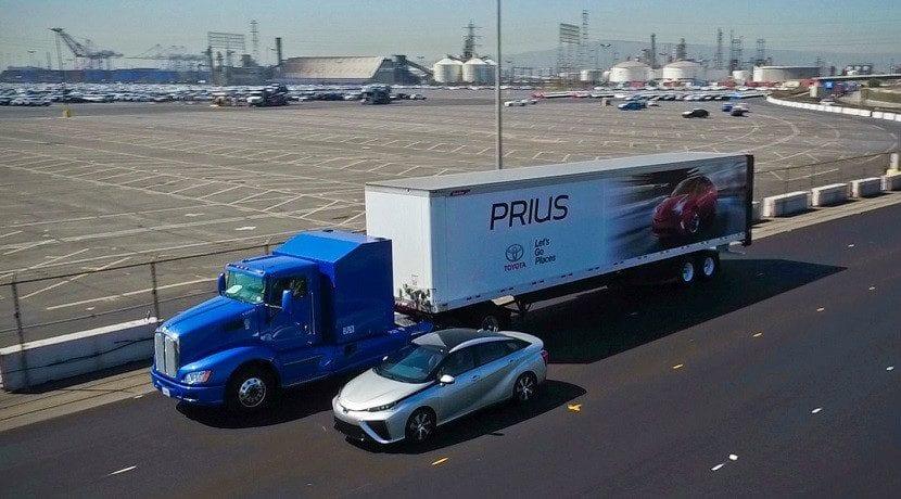 El camión de Toyota lleva las pilas de combustible de dos Mirai