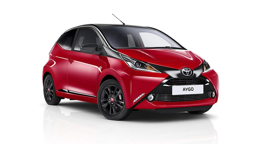 llega la cuarta versi n del toyota aygo x cite esta vez en color rojo. Black Bedroom Furniture Sets. Home Design Ideas