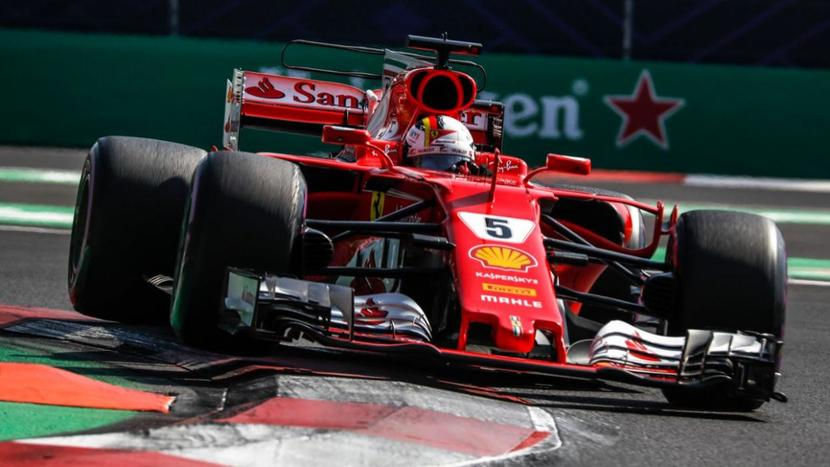 Vettel en el Ferrari en el GP de México