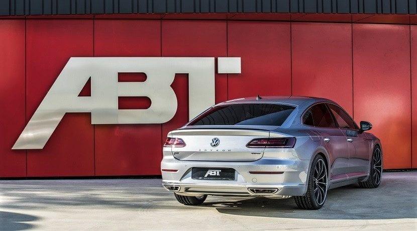 Trasera del Volkswagen Arteon ABT