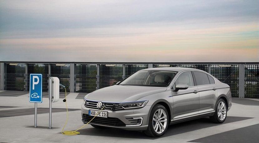 Volkswagen Passat GTE Ficha