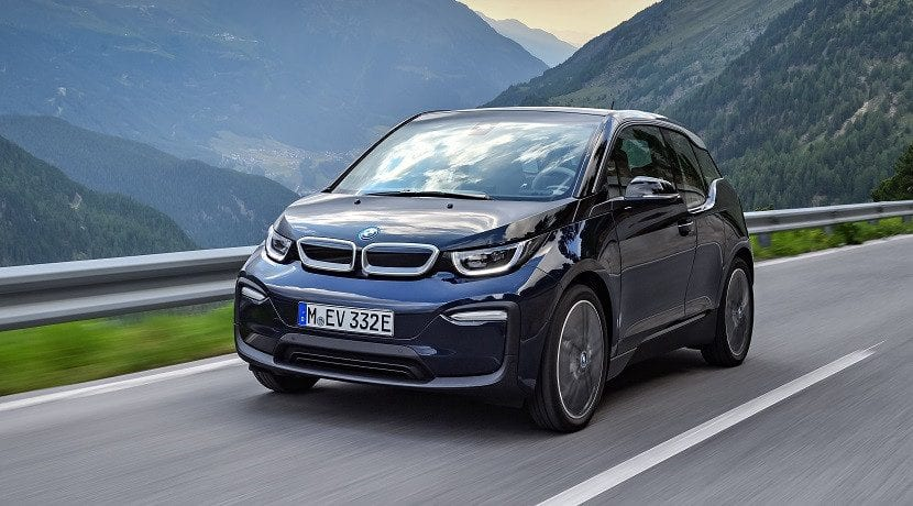 BMW i3 llamados a taller frontal