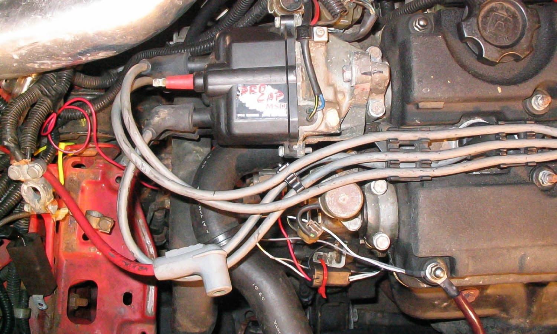 Revisar los cables para bujías