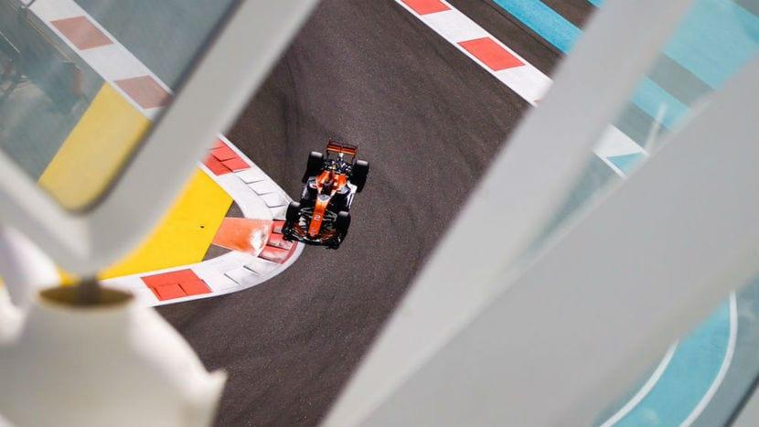 McLaren MCL32 F1 2017 en el GP de Abu Dabi
