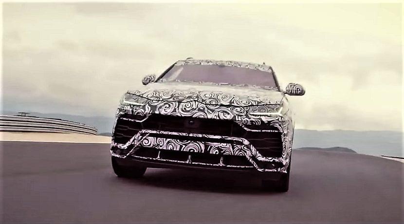 Vídeo del Lamborghini Urus en circuito