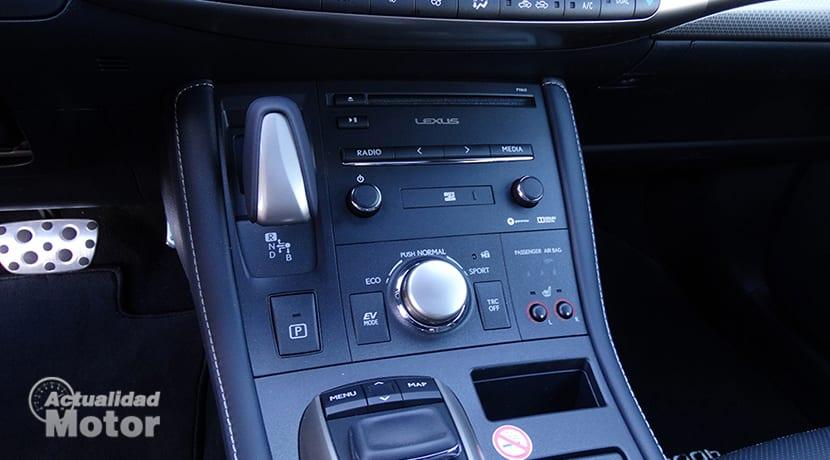 Prueba Lexus CT 200h consola central