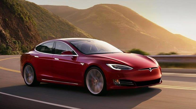 Gordo Navidad Tesla Model S P100D