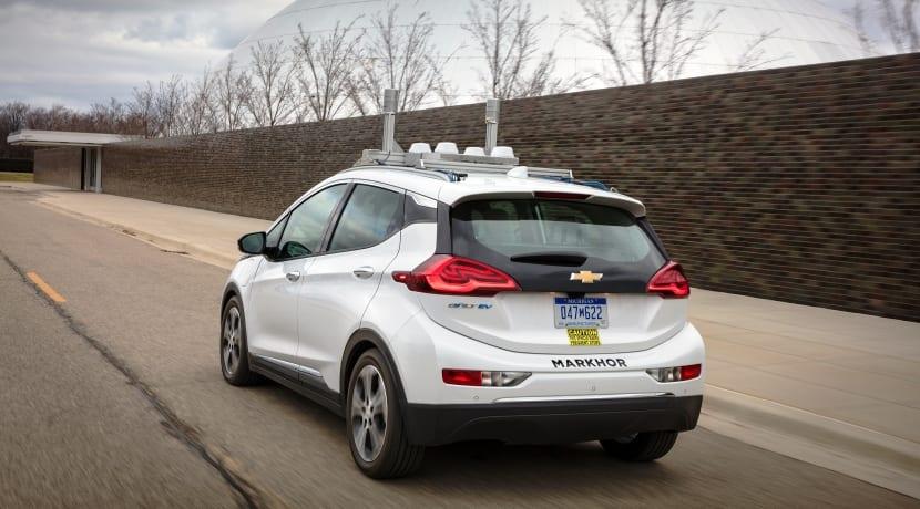 General Motors Chevrolet Bolt Lidar coche autónomo