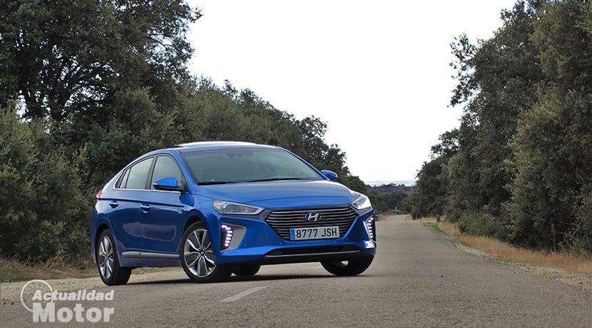 Hyundai Ioniq perfil delantero