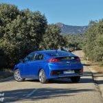 Hyundai Ioniq perfil trasero