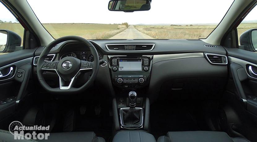 Prueba Nissan Qashqai interior y salpicadero