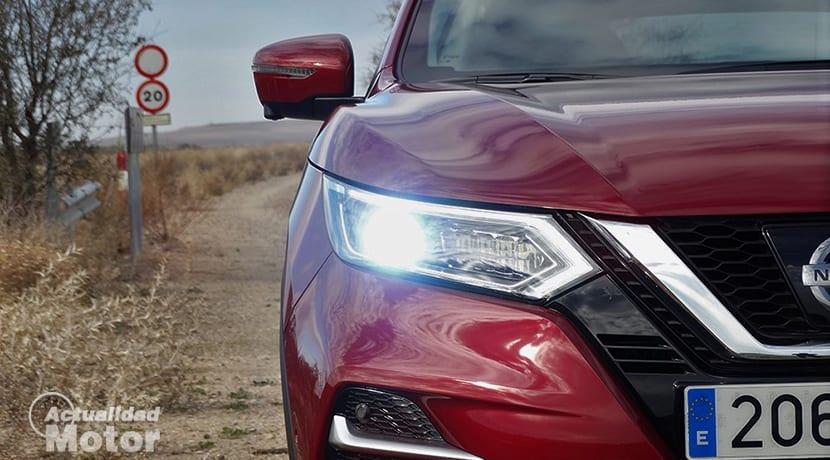 Faro LED direccional Nissan Qashqai
