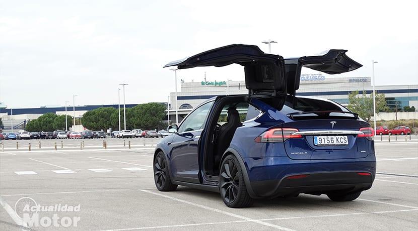 Puertas Falcon Wings del Tesla Model X