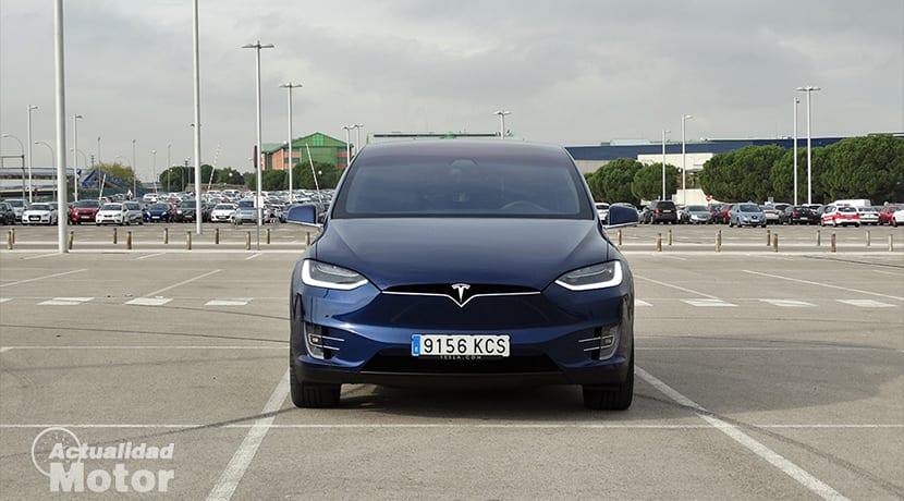 Frontal Tesla Model X