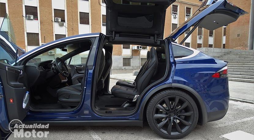 Acceso al Tesla Model X