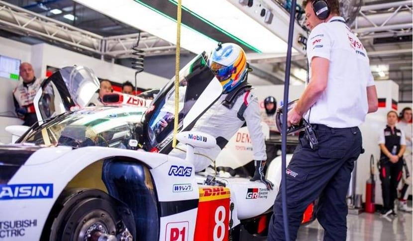 Alonso se sube al Toyota