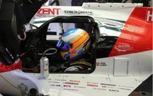 Fernando montado en el TS050