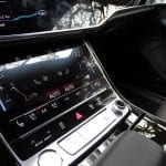 Pantalla táctil inferior Audi A8
