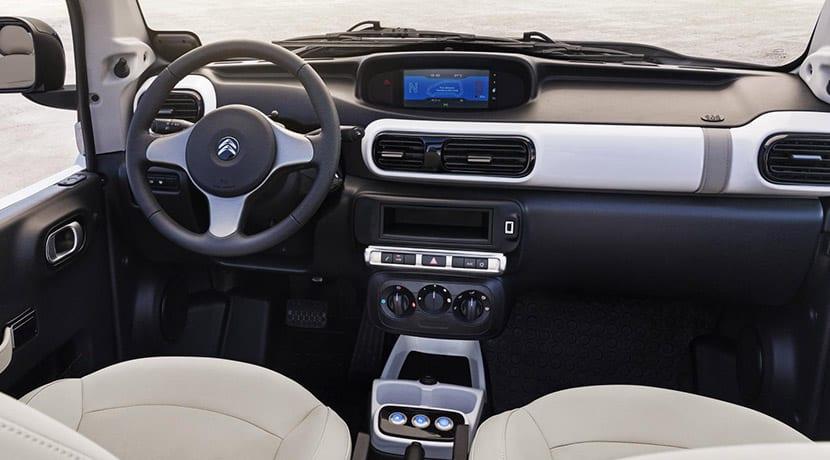 Nuevo interior del Citroën E-Mehari