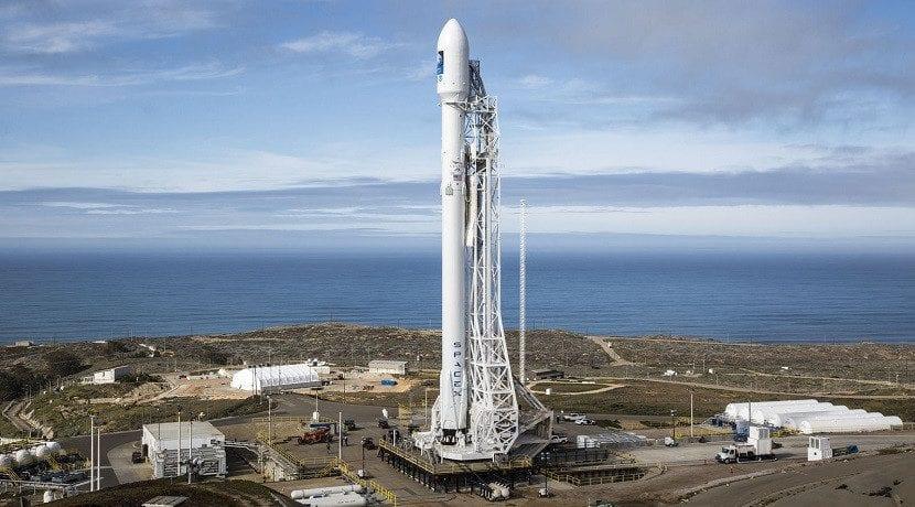 Tesla Roadster irá en un cohete Falcon al espacio