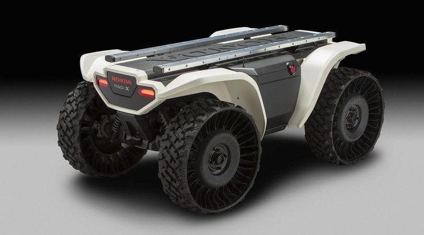 Vehículo multiuso 3E-D18 de Honda con baterías intercambiables