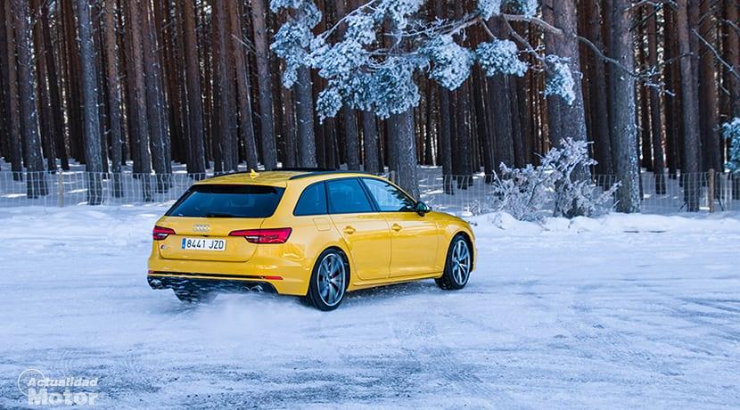 Audi S4 Avant derrapando