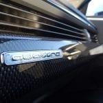 Audi S4 Avant insignia tracción quattro