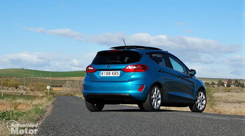 Prueba Ford Fiesta perfil trasero