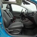 Espacio delantero del Interior del Ford Fiesta