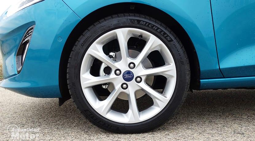 Llanta del Ford Fiesta