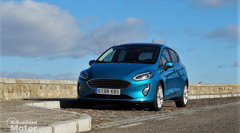 Prueba Ford Fiesta perfil delantero