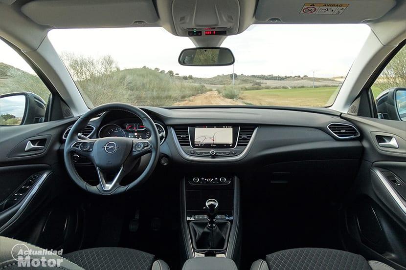 Prueba opel grandland x 1 2 turbo 130 amplitud y confort for Interior opel grandland x