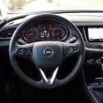 Prueba Opel Grandland X volante