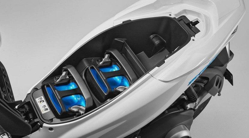 Scooter Honda con baterías intercambiables