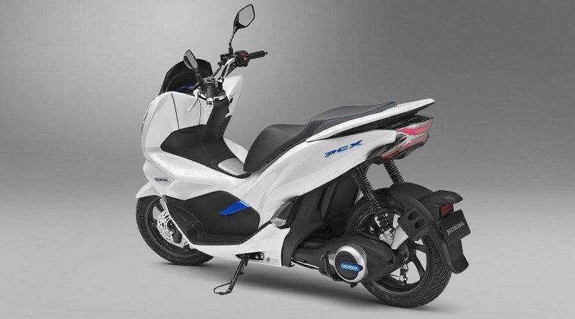 Scooter de Honda con baterías intercambiables