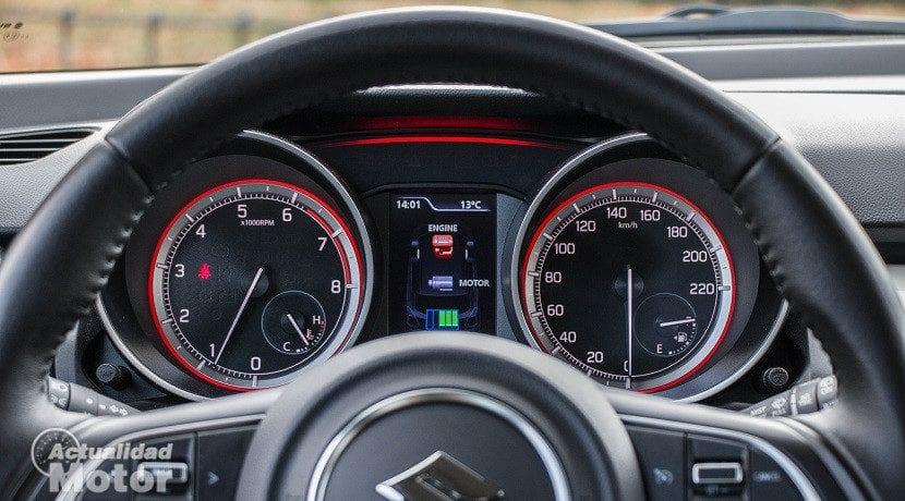 Prueba Suzuki Swift 1.0 GLX HSVS (instrumentación)