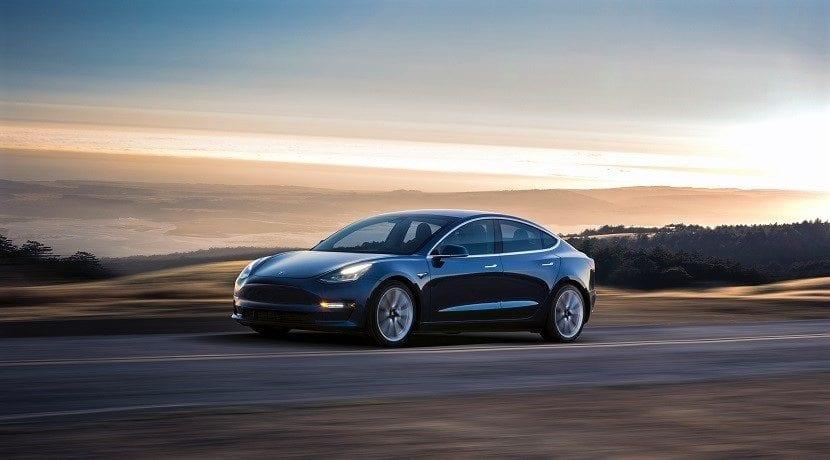 Tesla Model 3 Tracción a las cuatro ruedas