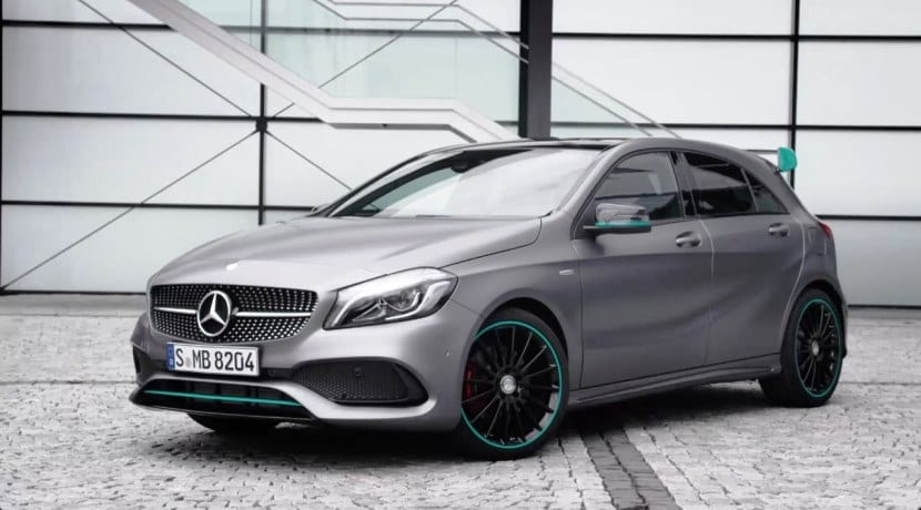 Mercedes benz llama a revisi n a los clase a clase b y cla for Mercedes benz clase a 2018