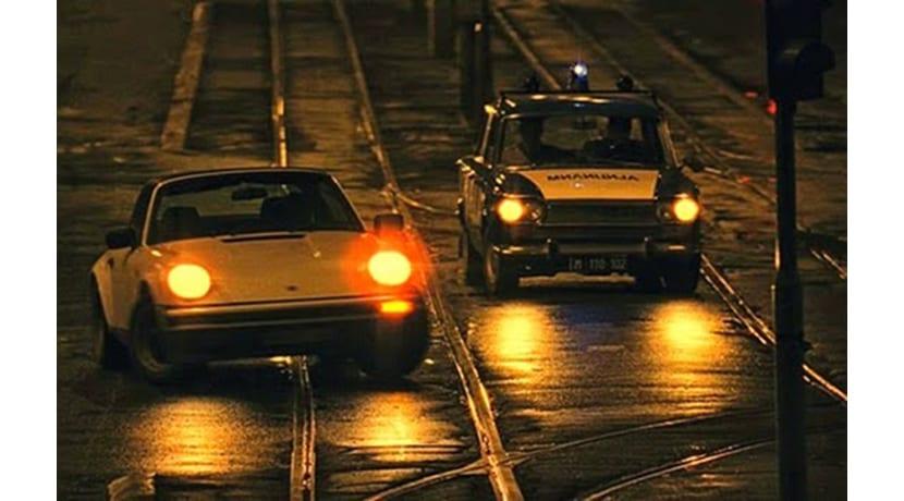 Porsche 911 VS policía