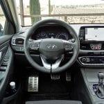 Prueba Hyundai i30 Fastback puesto de conducción